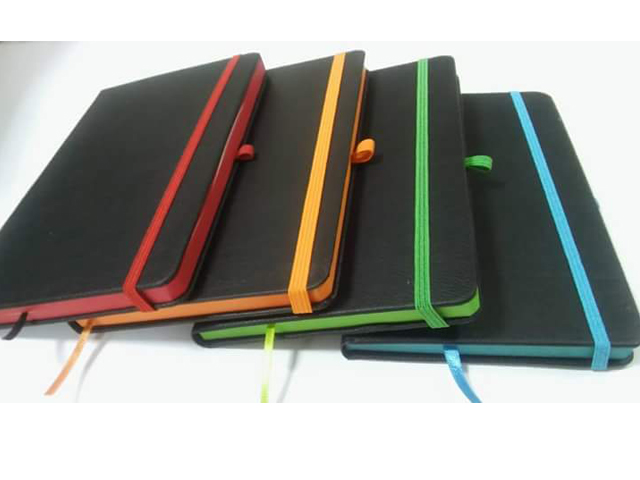 https://promotioneverywhere.com/images/Image/13-x-21-cm-edge-painted-notebook-_dft-326.jpg
