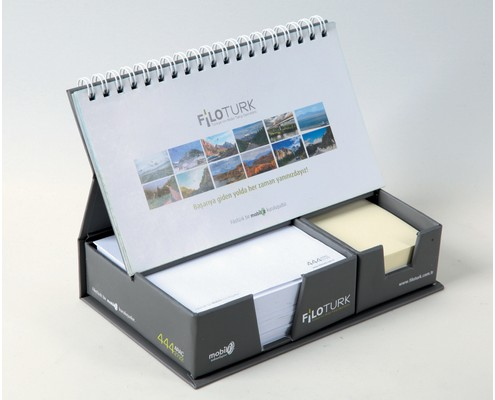 Desk Calendar with Self Adhesive Note Papers and Cube Notepads