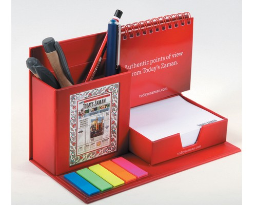 Desk Top Calendar Set with Pencil Holder, Cube Notepad and PVC Marker.