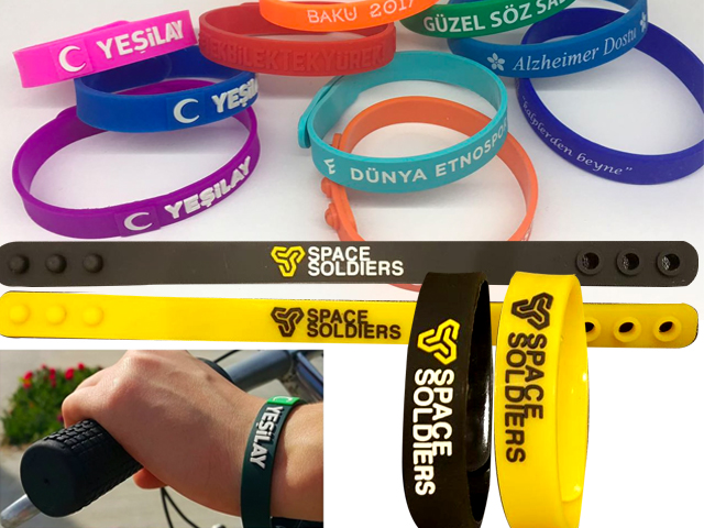 Promotional Silicone Bracelet (With Snaps)
