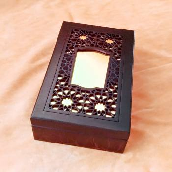 Decorative Engraved Mirrored Lid Wooden Box
